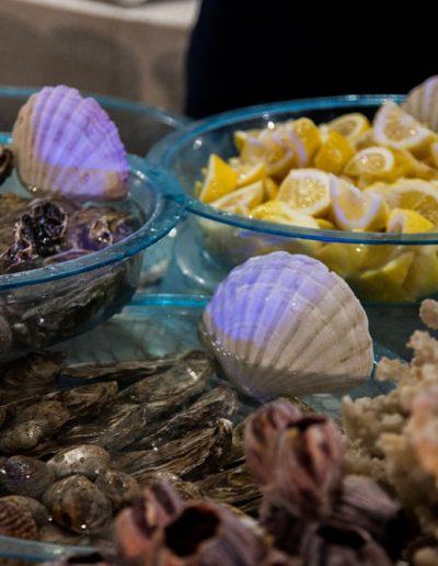 Catering Buffet Matrimonio Sire Ricevimenti Angolo dei crudi e del sushi durante un matrimonio in Campania, Napoli