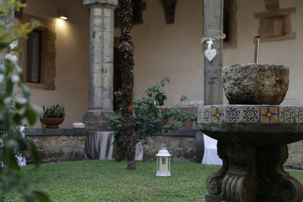 Matrimonio a Napoli al Chiostro Santa Chiara di Sire Ricevimenti (17)