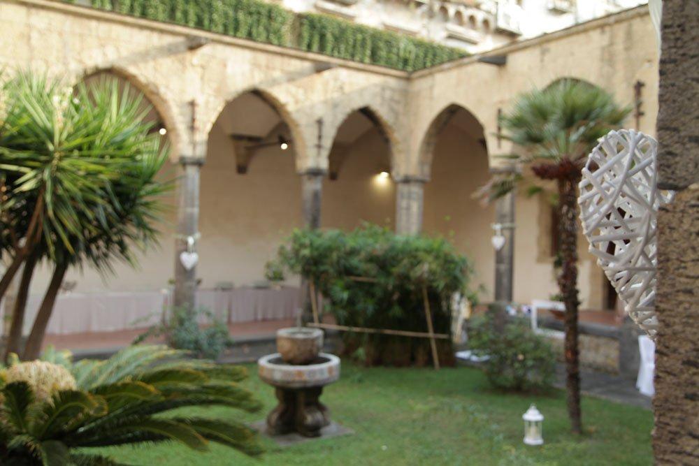 Matrimonio a Napoli al Chiostro Santa Chiara di Sire Ricevimenti (18)